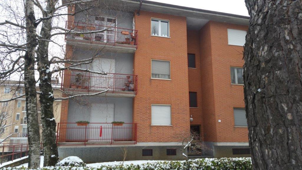 Pinerolo, precollina, appartamento ampia vista ed ottima esposizione