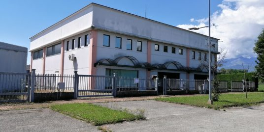 GARZIGLIANA, vendesi capannone artigianale